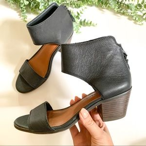 LUCKY BRAND Barbina Black Leather Sandal